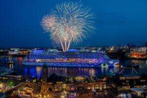 AIDA Feuerwerk beim Hafengeburtstag Hamburg. Foto: AIDA Cruises