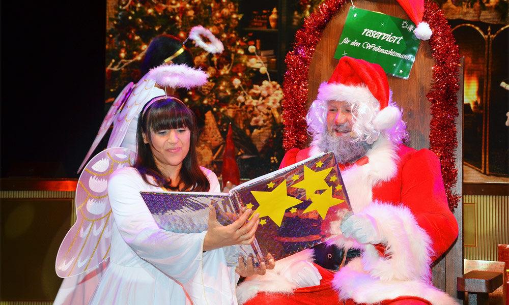 AIDA Weihnachtsmann und Engel. Foto: AIDA Cruises