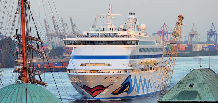 AIDAaura in Hamburg. Foto: AIDA Cruises