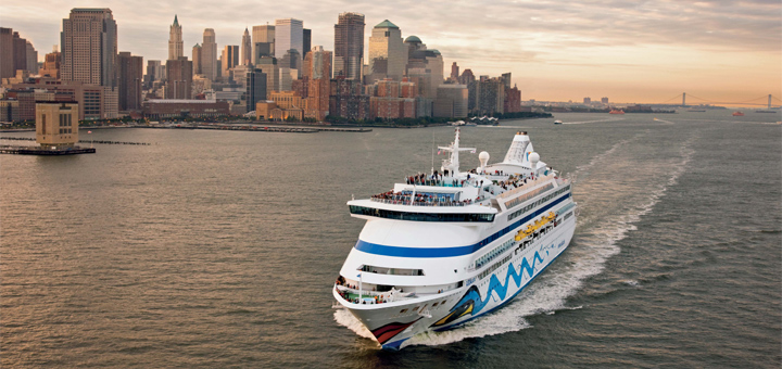 AIDAaura in New York. Foto: AIDA Cruises