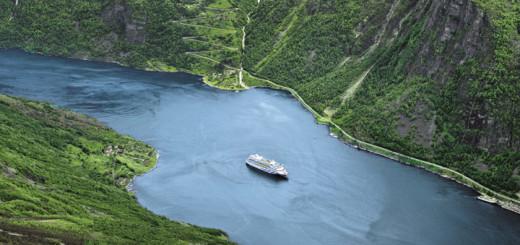 AIDAaura in Norwegen. Foto: AIDA Cruises