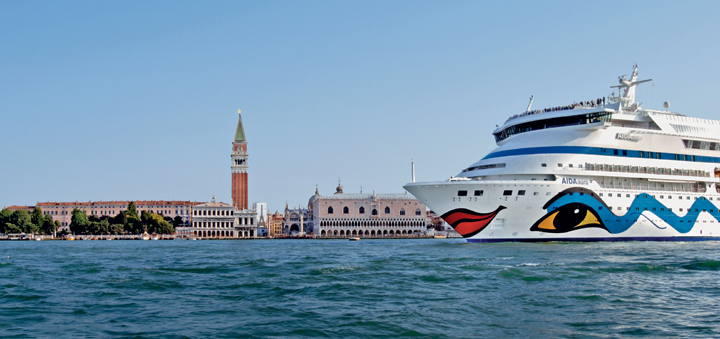 AIDAaura in Venedig. Foto: AIDA Cruises