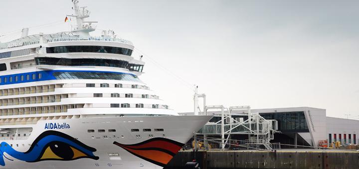 AIDAbella am Cruise Center Steinwerder in Hamburg. Foto: AIDA Cruises