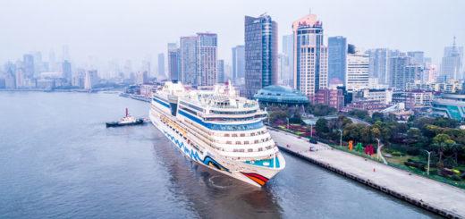 AIDAbella am Cruise Terminal in Shanghai. Foto: AIDA Cruises