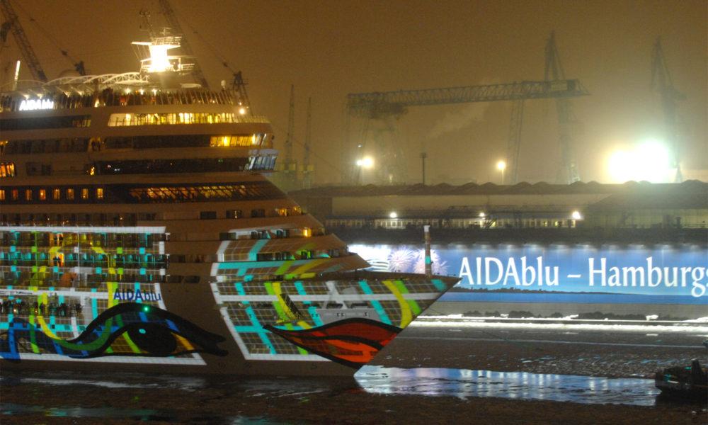 AIDAblu Taufe in Hamburg