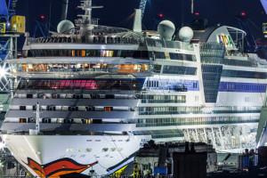 AIDAdiva bei bei Blohm und Voss in Hamburg. Foto: AIDA Cruises