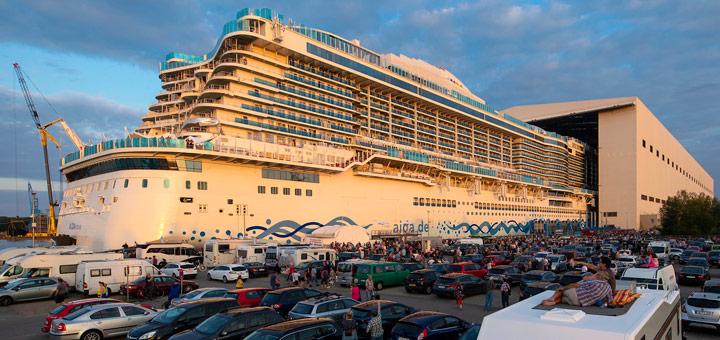 Ausdocken von AIDAnova in Papenburg. Foto: AIDA Cruises