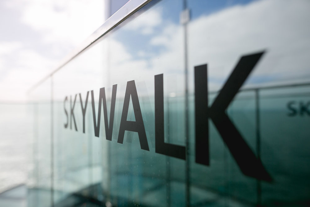 AIDAprima Skywalk Foto: Mister & Misses Do / Kreuzfahrtpiraten