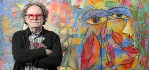 Feliks Büttner vor seinem Kunstwerk für AIDAprima. Foto: AIDA Cruises