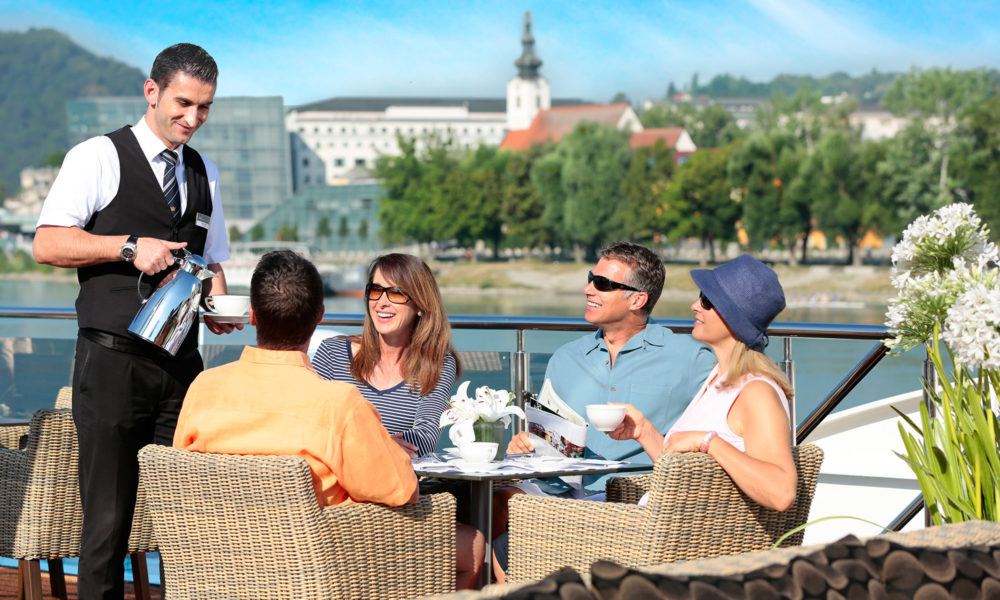 AmaWaterways Essen an Deck