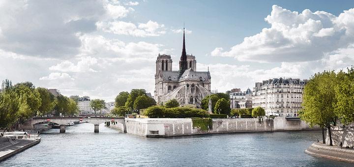 Notre Dame mit A-ROSA. Foto: A-ROSA Flussschiff