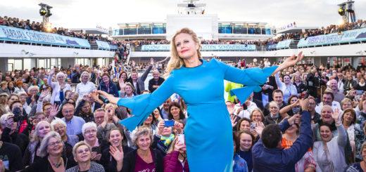 Barbara Schöneberger an Bord von TUI Cruises
