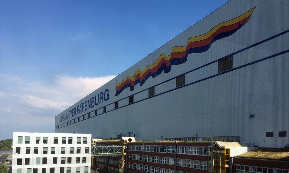 Schiffbauhalle der Meyer Werft