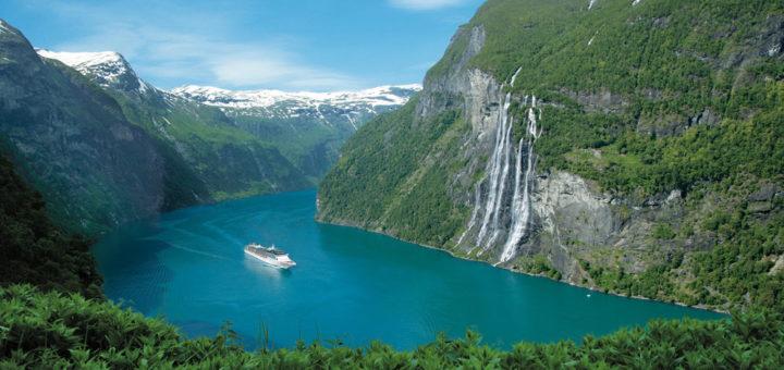 Costa Kreuzfahrten im Geiranger Fjord. Foto: Costa Kreuzfahrten
