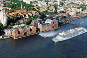 EUROPA 2 in Hamburg. Foto: Hapag-Lloyd Cruises