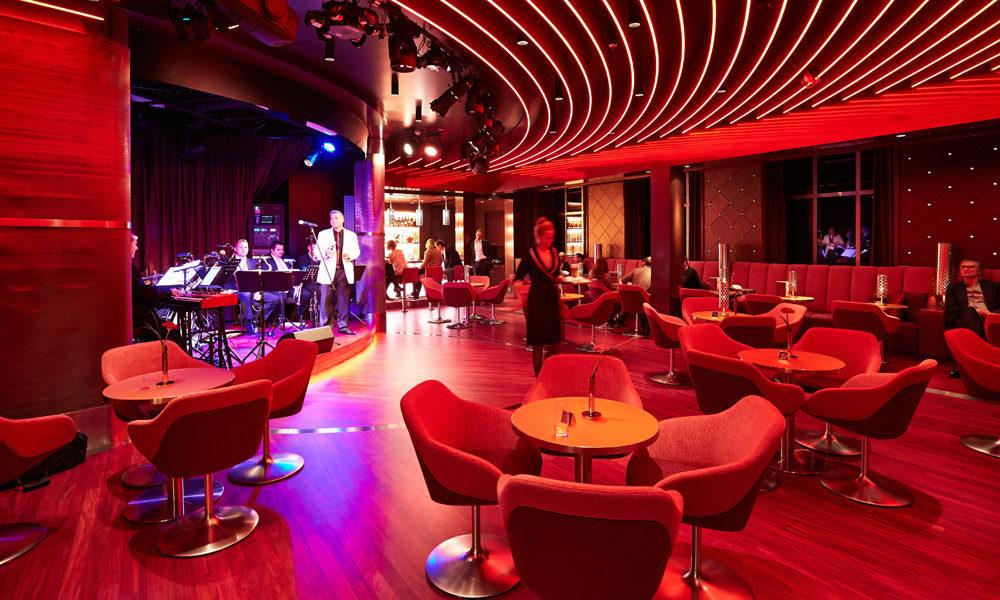 Jazz Club auf der EUROPA 2. Foto: Hapag-Lloyd Cruises