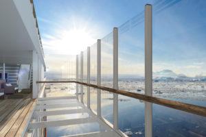 Gläserner Balkon der HANSEATIC. Foto: Hapag-Lloyd Cruises