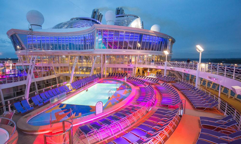 Pooldeck auf der Harmony of the Seas. Foto: Royal Caribbean International
