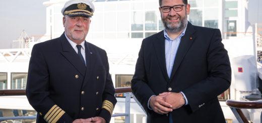 Kapitän Andreas Greulich und Julian Pfitzne