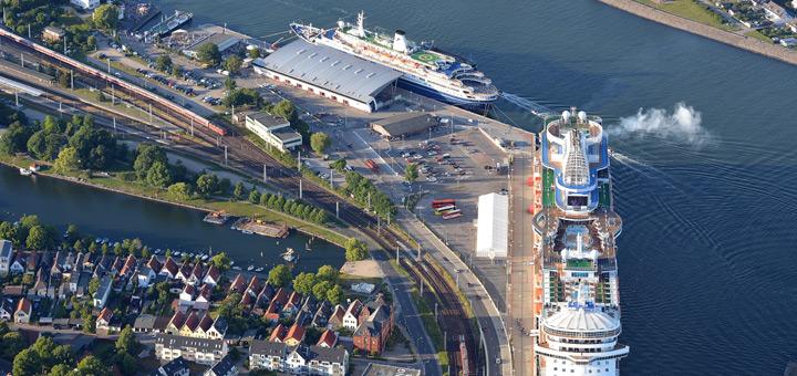 Der beliebte Kreuzfahrthafen Warnemünde. Foto: Manfred Sander