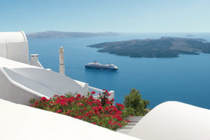 Mein Schiff 1 in Griechenland. Foto: TUI Cruises