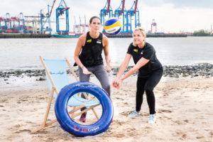 Taufpatinnen Kira Walkenhorst und Laura Ludwig. Foto: TUI Cruises