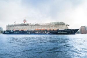 Mein Schiff 5 in Hamburg. Foto: TUI Cruises