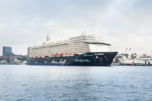 Mein Schiff 5 Erstanlauf in Hamburg. Foto: TUI Cruises