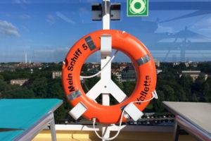 Rettungsring auf der Mein Schiff 5