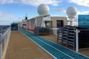 Sonnendeck auf der Mein Schiff 5