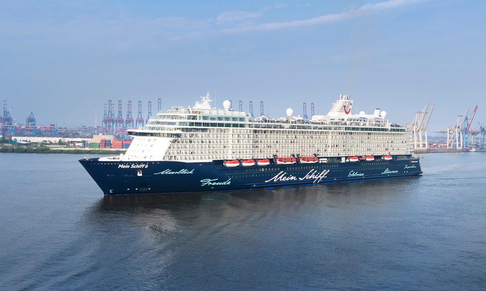 Mein Schiff 6 Erstanlauf in Hamburg. Foto: TUI Cruises