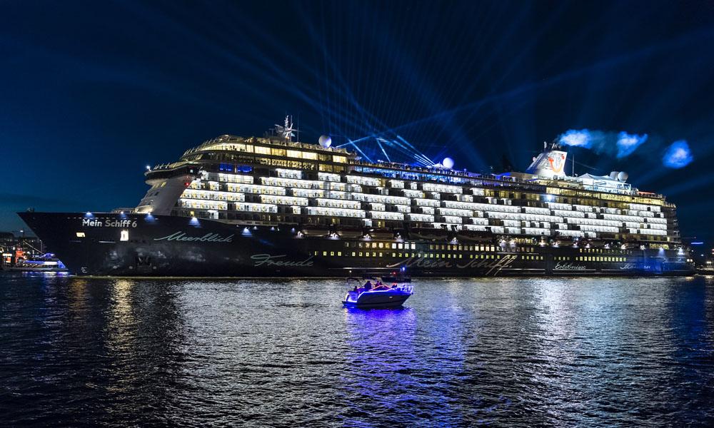 Mein Schiff 6 Taufe In Hamburg Kreuzfahrtpiraten
