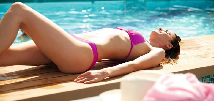 Entspannen am Pool auf Mein Schiff. Foto: TUI Cruises