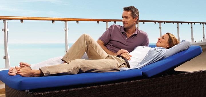 Entspannen auf dem Mein Schiff Sonnendeck. Foto: TUI Cruises