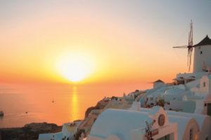 Mein Schiff in Santorini, Griechenland. Foto: TUI Cruises