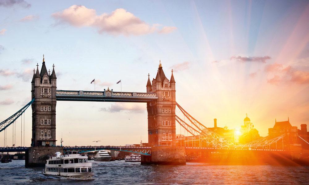Mein Schiff in London. Foto: TUI Cruises