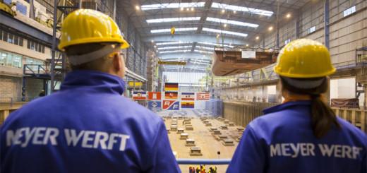 Arbeiter auf der Meyer Werft in Papenburg. Foto: Meyer Werft