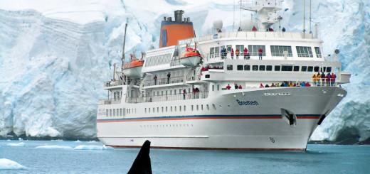 MS BREMEN in der Antarktis. Foto: Hapag-Lloyd Kreuzfahrten