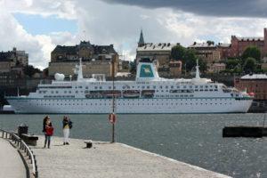 MS Deutschland in Stockholm. Foto: Martin Schuster / Kreuzfahrtpiraten