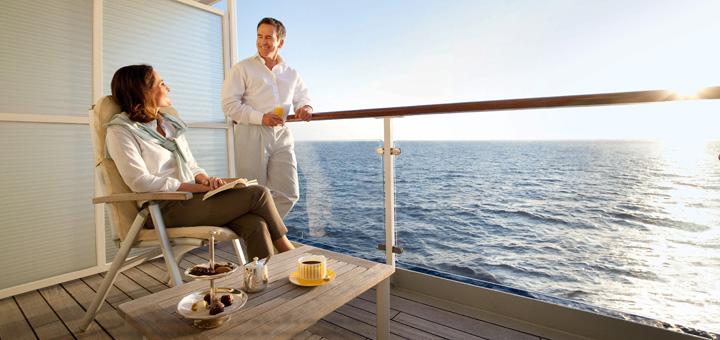 Suite mit Veranda auf der MS EUROPA. Foto: Hapag-Lloyd Kreuzfahrten