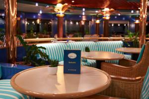 Bar der MS HAMBURG. Foto: PLANTOURS Kreuzfahrten