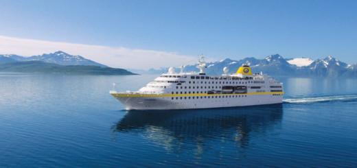 MS Hamburg in Spitzbergen. Foto: PLANTOURS Kreuzfahrten