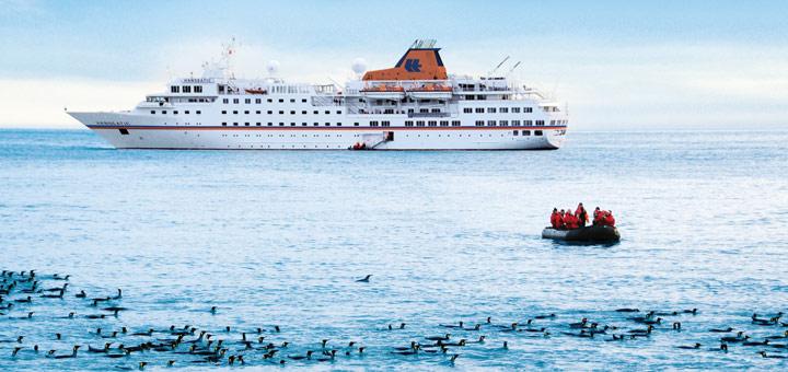 MS Hanseatic in der Antarktis. Foto: Hapag-Lloyd Kreuzfahrten