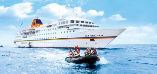 Zodiac-Ausflug vor MS HANSEATIC. Foto: Hapag-Lloyd Cruise