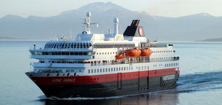 MS Kong Harald von Hurtigruten in Norwegen. Foto: Hurtigruten