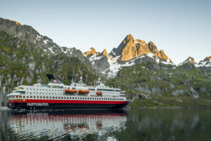 MS Nordkapp von Hurtigruten in Norwegen. Foto: Hurtigruten
