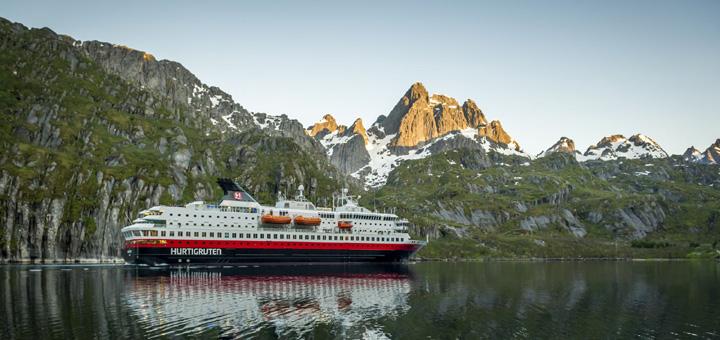 MS Nordkapp von Hurtigruten in Norwegen. Foto: Hurtigruten