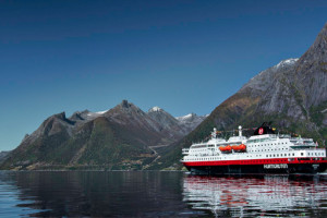 MS Nordlys von Hurtigruten in Norwegen. Foto: Hurtigruten