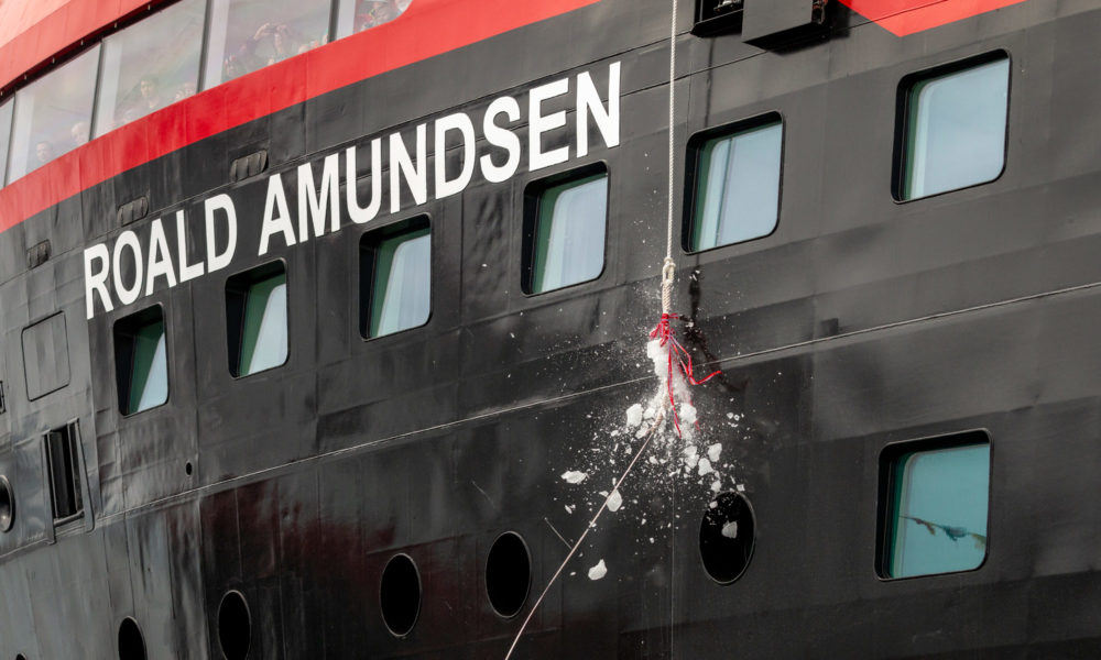 MS Roald Amundsen Taufe