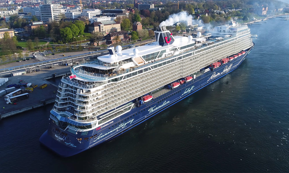 Mein Schiff 1 Taufe In Hamburg